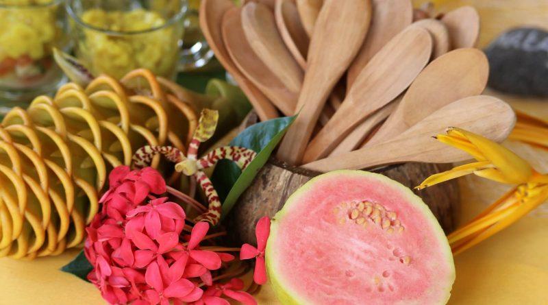 Les fruits exotiques roses